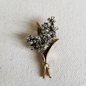 """Signed """"Art"""" Vintage Flower Bouquet Brooch"""